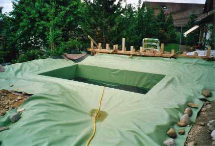 Schwimmteich in Gossau, Abdichtung: Sarnafil MP 965-12 (grün)