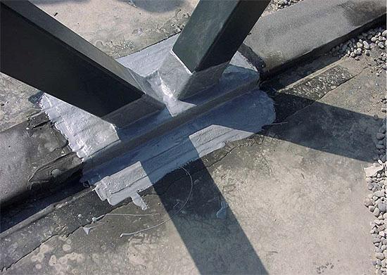 Anschluss an Stahlstützen